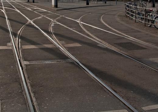 Strassenbahngleise eingelassen